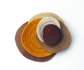 Brooch Brown Spring by Intres