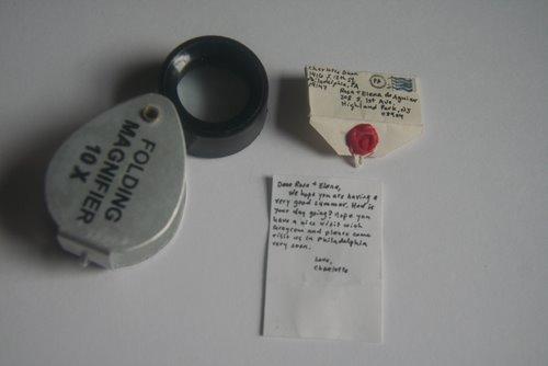 kleinster Brief mit Lupe