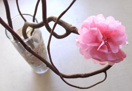 tissueflowerszakkalifetablecenterpieces