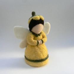 Flower Fairy by Fairyfolk
