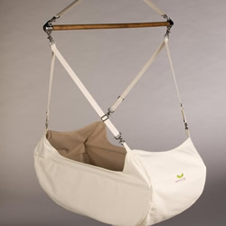 Kanoe Baby Hammock by studioleroux
