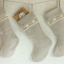 Linen and lace Christmas stockings by Tuuni