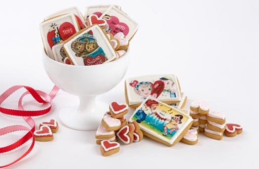 Vintage Valentine cookies by Eleni's