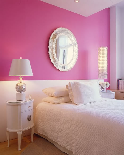 Dark pink and white bedroom via Apartment Therapy