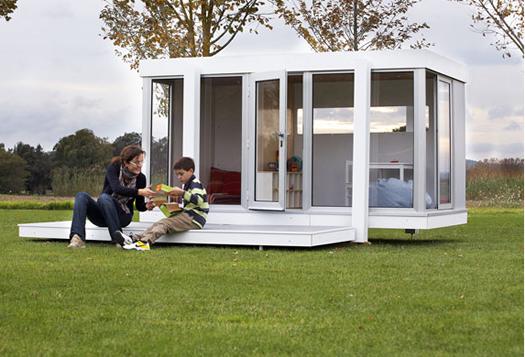 Illinois playhouse exterior by SmartPlayhouse
