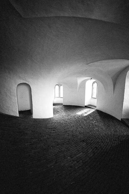 Round tower by Manuela.Martin
