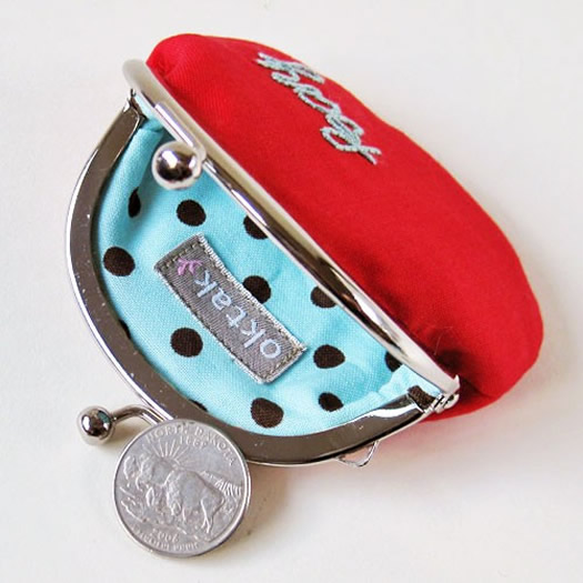 Personalized coin purse inside by Oktak