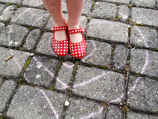Gestipt red polka dot shoes