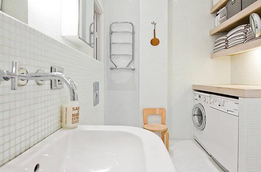 Swedish bathroom  via Skeppsholmen