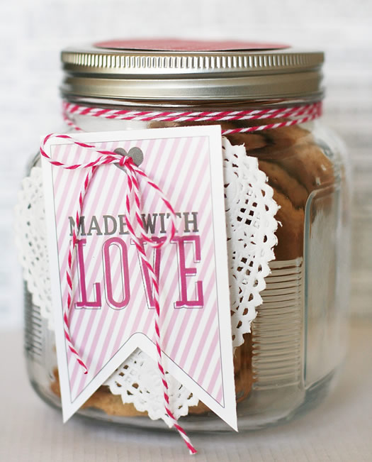 Made with Love gift tag by eighteen25
