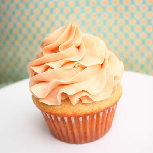Salted caramel cupcakes by Je Suis Alimentageuse