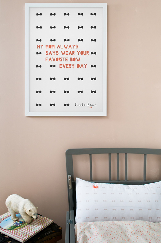 Little collection bow and poster by Bibelotte