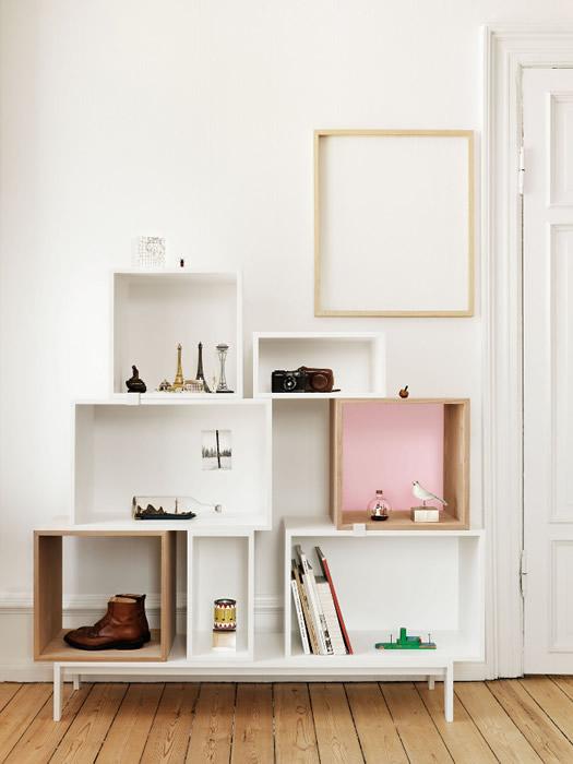 Muuto bookcase photo by Petra Bindel