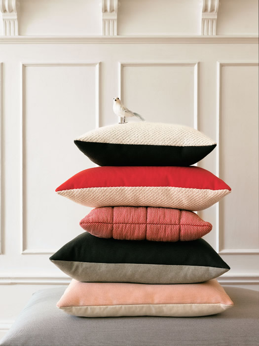 Muuto pillows photo by Petra Bindel