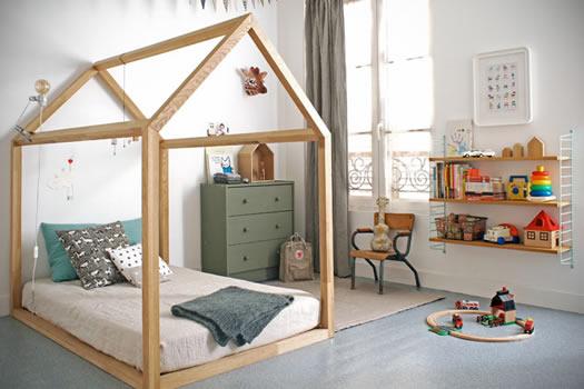 House bed by Bonne Soeurs
